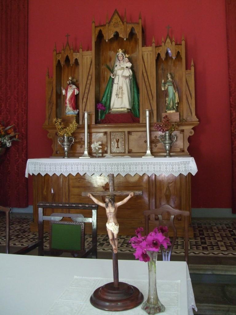 В церкви Ermita de la Virgen del Pino