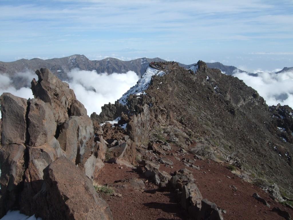 На вершине горы Roque de los Muchachos